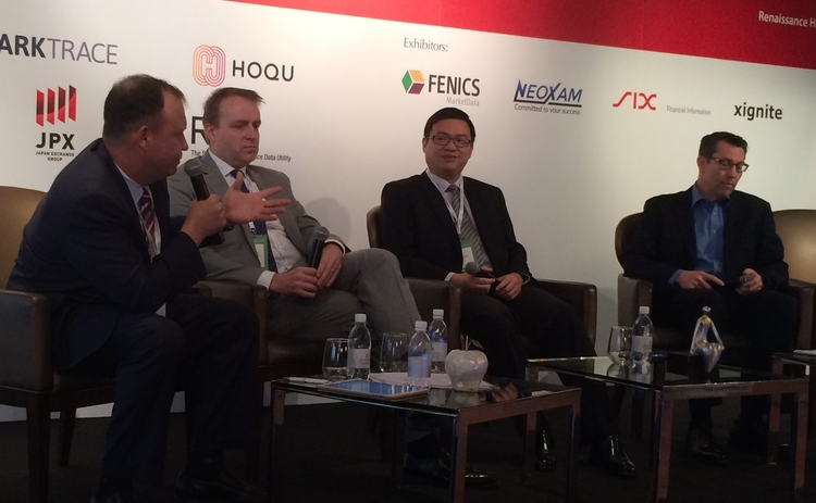 APFIC-2017-data-analytics-panel-Mihai-Bistriteanu-SBI-Securities-Jon-Glennie-JP-Morgan-Asset-Management-Simon-Lee-AXA-John-Pies-Fidelity-International