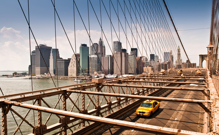 New-York_cab_manhattan-bridge_Getty-web.jpg