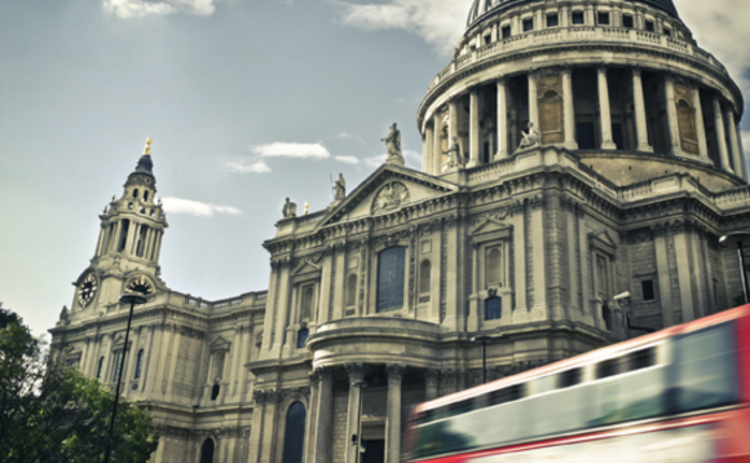 A London bus at St Paul's